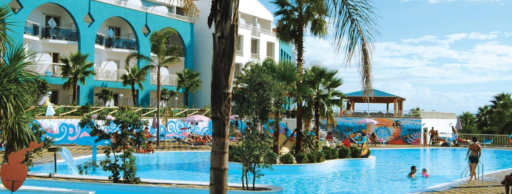 Hotel Baia Di Diamante